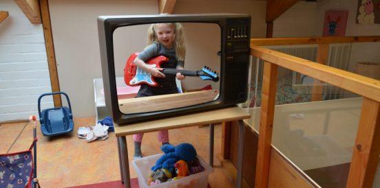 Schoolwoonkamer_Kleine wereld-TV